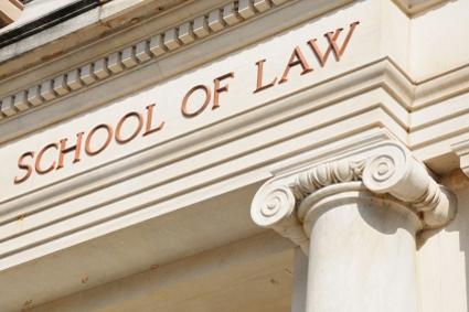 31082FE_DA_120725_law-school